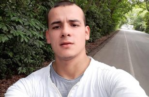 Click to watch Federico Lorza on cam