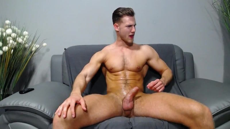 Click to watch Alton Lewis jacking off on cam