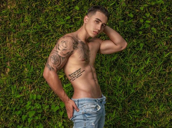 Ryan Kingston Flirt4Free Tattooed Cam Boy